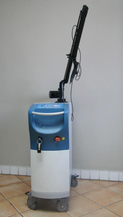 urządzenie kosmetyczne Q-switch-408x720